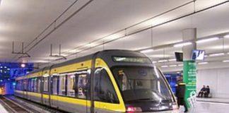 Metro é obrigado a evacuar pessoas