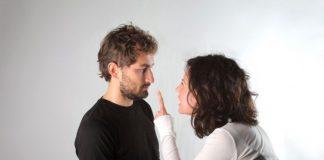 Voz feminina esgota o cérebro