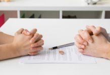 Esposa pede divórcio