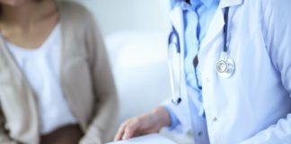 Homem desmarca consulta médica