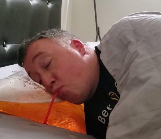 almofada para quem acorda de noite