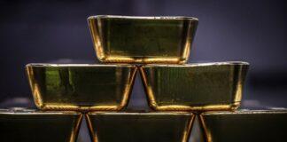 sete barras de ouro no ânus