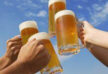 Os tugas precisam beber 210 litros de cerveja para salvar bares, após o confinamento. Com o coronavírus, a economia foi-se muito abaixo
