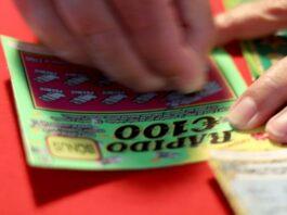 Mulher ganha 500 mil euros raspadinha
